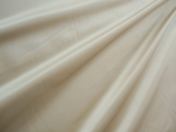 Duchesse Satin, cream 1