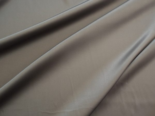 Stretch Satin grau 1